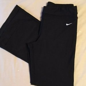 Nike fit dry yoga pants Medium